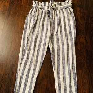 Pants - Woman's Trousers